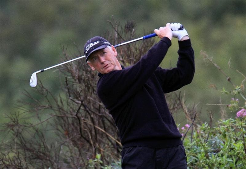 CATANIA, ITALY - OCTOBER 22:  Martin Gray of Scotland in action during the first round of the Sicilian Senior Open played at Il Picciolo Golf Club on October 22, 2010 in Catania, Italy.  (Photo by Phil Inglis/Getty Images)
