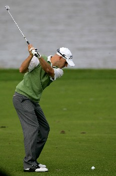 PALM BEACH GARDENS, FL - FEBRUARY 29:  Ben Crane plays a shot on the 16th hole during the second round of the Honda Classic at PGA National Resort and Spa on February 29, 2008 in Palm Beach Gardens, Florida.  (Photo by Sam Greenwood/Getty Images)