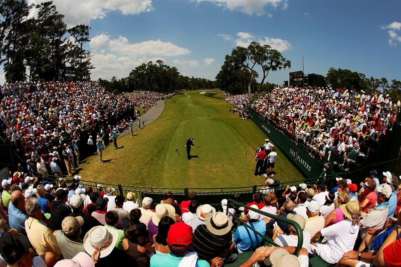 PONTE VEDRA BEACH, FL - MAY 10:  Alex Cejka of Germany plays his tee shot on the first hole during the final round of THE PLAYERS Championship on THE PLAYERS Stadium Course at TPC Sawgrass on May 10, 2009 in Ponte Vedra Beach, Florida.  (Photo by Richard Heathcote/Getty Images)