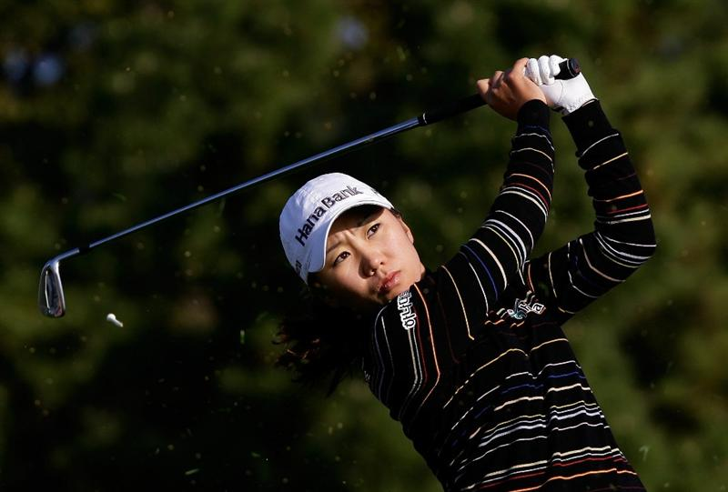 INCHEON, SOUTH KOREA - OCTOBER 30:  Kim In-Kyung of South Korea hits a tee shot on the 3rd hole during the 2010 LPGA Hana Bank Championship at Sky 72 Golf Club on October 30, 2010 in Incheon, South Korea.  (Photo by Chung Sung-Jun/Getty Images)