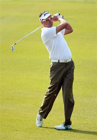 SHANGHAI, CHINA - NOVEMBER 05:  Robert Allenby of Australia watches his approach shot on the first hole during the second round of the WGC-HSBC Champions at Sheshan International Golf Club on November 5, 2010 in Shanghai, China.  (Photo by Andrew Redington/Getty Images)