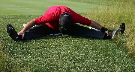 OAKMONT, PA - JUNE 14:  Phil Mickelson stretches on the eighth tee during the first round of the 107th U.S. Open Championship at Oakmont Country Club on June 14, 2007 in Oakmont, Pennsylvania.  (Photo by Ross Kinnaird/Getty Images)