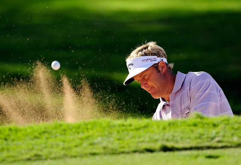 HONOLULU - JANUARY 14:  Stuart Appleby of Australia plays a shot during the first round of the Sony Open at Waialae Country Club on January 14, 2010 in Honolulu, Hawaii.  (Photo by Sam Greenwood/Getty Images)