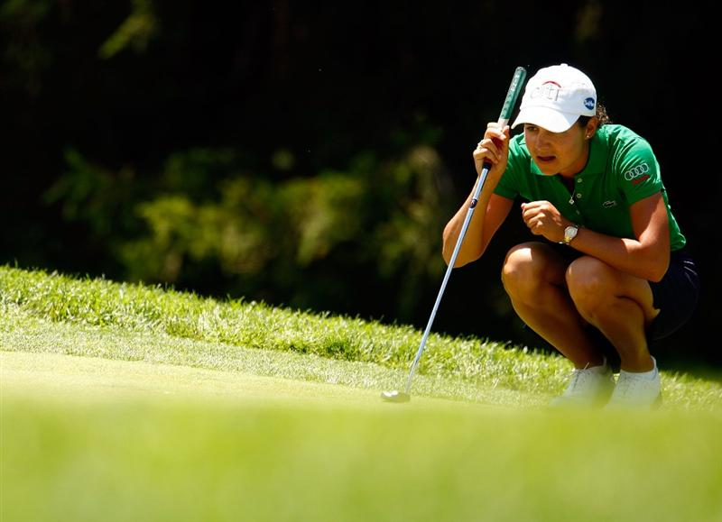 BETHLEHEM, PA - JULY 12:  Lorena Ochoa of Mexico lines up a putt on the eighth green during the final round of the 2009 U.S. Women's Open at the Saucon Valley Country Club on July 12, 2009 in Bethlehem, Pennsylvania.  (Photo by Scott Halleran/Getty Images)