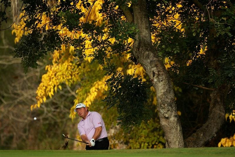 CASTELLON DE LA PLANA, SPAIN - NOVEMBER 05:  Ian Woosnam of Wales chips onto the fourth green during the first round of the OKI Castellon Senior Tour Championships at Club de Campo del Mediteraneo on November 5, 2010 in Castellon de la Plana, Spain.  (Photo by Warren Little/Getty Images)