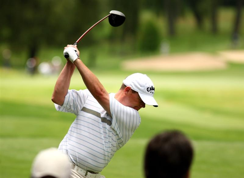 JOHANNESBURG, SOUTH AFRICA - JANUARY 11:  David Drysdale of Scotland tee's off at the 6th during the final round of the Joburg Open at Royal Johannesburg and Kensington Golf Club on January 11, 2009 in Johannesburg, South Africa.  (Photo by Richard Heathcote/Getty Images)