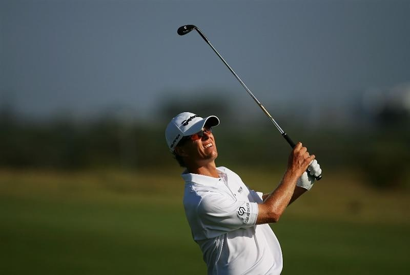SYDNEY, AUSTRALIA - DECEMBER 04:  John Senden of Australia plays an approach shot on the 12th hole during the second round of the 2009 Australian Open at New South Wales Golf Club on December 4, 2009 in Sydney, Australia.  (Photo by Matt King/Getty Images)