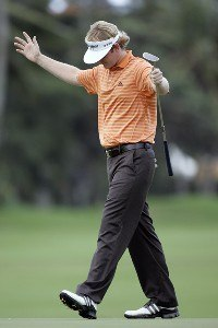 Brandt Snedeker birdies the 10th hole during the first round of the Sony Open in Hawaii held at Waialae Country Club in Honolulu, Hawaii, on January 11, 2007. Photo by: Stan Badz/PGA TOURPhoto by: Stan Badz/PGA TOUR