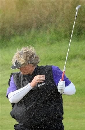 LYTHAM ST ANNES, ENGLAND - JULY 30:  Laura Davies of England reacts to her bunker shot on the 4th hole during the first round of the 2009 Ricoh Women's British Open Championship held at Royal Lytham St Annes Golf Club, on July 30, 2009 in  Lytham St Annes, England.  (Photo by David Cannon/Getty Images)