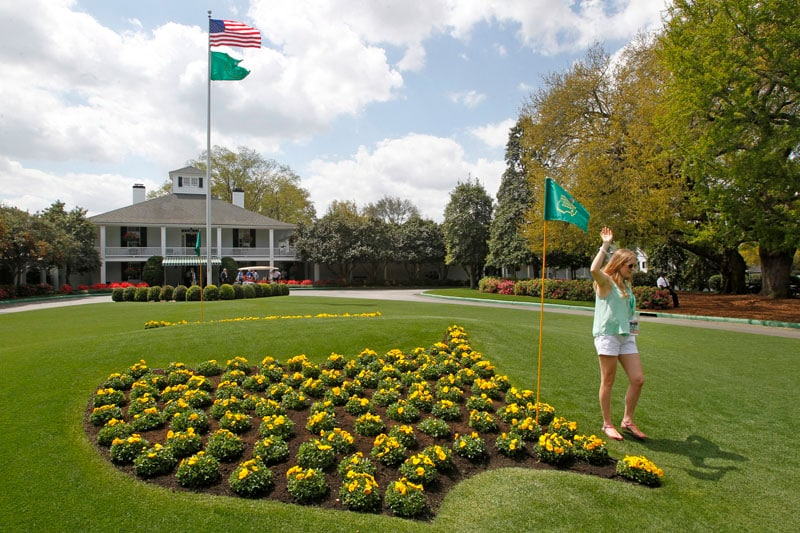 Augusta National flower logo and clubhouse