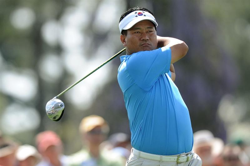 AUGUSTA, GA - APRIL 07:  K.J. Choi of South hits a tee shot during a practice round prior to the 2010 Masters Tournament at Augusta National Golf Club on April 7, 2010 in Augusta, Georgia.  (Photo by Harry How/Getty Images)