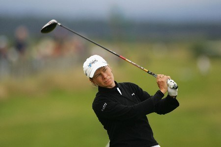 ST ANDREWS, UNITED KINGDOM - AUGUST 03:  Catriona Matthew of Scotland tees off on the 18th hole during the Second Round of the 2007 Ricoh Women's British Open held on the Old Course at St Andrews on August 3, 2007 in St Andrews, Scotland.  (Photo by Warren Little/Getty Images)