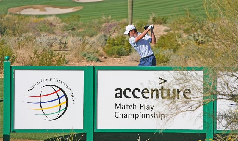 MARANA, AZ - FEBRUARY 18:  Mike Weir of Canada plays a shot on the second hole during round two of the Accenture Match Play Championship at the Ritz-Carlton Golf Club on February 18, 2010 in Marana, Arizona.  (Photo by Hunter Martin/Getty Images)