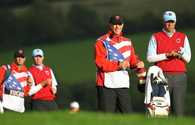 NEWPORT, WALES - OCTOBER 03:  Stewart Cink of the USA lines up a shot with caddie Lance Bennett during the  Fourball & Foursome Matches during the 2010 Ryder Cup at the Celtic Manor Resort on October 3, 2010 in Newport, Wales. (Photo by Andy Lyons/Getty Images)