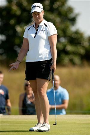 PRATTVILLE, AL - OCTOBER 10: Brittany Lincicome reacts to a missed putt during the final round of the Navistar LPGA Classic at the Senator Course at the Robert Trent Jones Golf Trail on October 10, 2010 in Prattville, Alabama. (Photo by Darren Carroll/Getty Images)