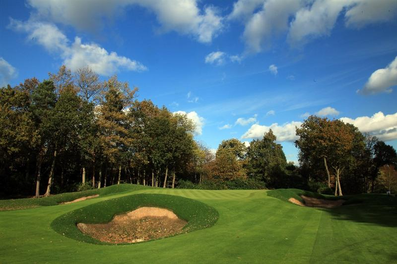 VIRGINIA WATER, UNITED KINGDOM - NOVEMBER 02: The new bunkering on the approach and the new green on the par 4, 16th hole taking shape during work to re-model and replace the greens on the West Course at the Wentworth Club on November 2, 2009 in Virginia Water, England. (Photo by David Cannon/Getty Images)