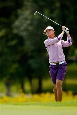SUGAR GROVE, IL - AUGUST 20: Helen Alfredsson of the European Team hits a shot from the fairway during a practice round prior to the start of the 2009 Solheim Cup at Rich Harvest Farms on August 20, 2009 in Sugar Grove, Illinois.  (Photo by Chris Graythen/Getty Images)