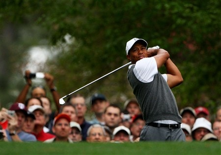 AUGUSTA, GA - APRIL 07:  Tiger Woods watches a shot during the first day of practice prior to the start of the 2008 Masters Tournament at Augusta National Golf Club on April 7, 2008 in Augusta, Georgia.  (Photo by Andrew Redington/Getty Images)
