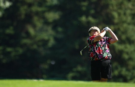 EDMONTON - AUGUST 16:  Laura Davies of Great Britain makes an approach shot during the first round of the LPGA CN Canadian Women's Open 2007 at the Royal Mayfair Golf Club August 16, 2007 in Edmonton, Alberta, Canada.  (Photo by Robert Laberge/Getty Images)