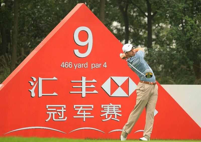 SHANGHAI, CHINA - NOVEMBER 05:  Trevor Immelman of South Africa hits a shot during practice prior to the start of the HSBC Champions at Sheshan International Golf Club on November 5, 2008 in Shanghai, China.  (Photo by Scott Halleran/Getty Images)