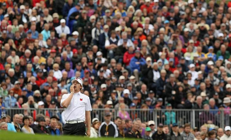 NEWPORT, WALES - OCTOBER 02:  Hunter Mahan of the USA reacts to his 3rd shot on the 5th hole during the rescheduled Afternoon Foursome Matches during the 2010 Ryder Cup at the Celtic Manor Resort on October 2, 2010 in Newport, Wales. (Photo by Ross Kinnaird/Getty Images)