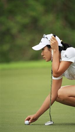 BANGKOK, THAILAND - MARCH 01:  Hee Young Park of South Korea in action on the 5th hole during day four of the Honda LPGA Thailand 2009 at Siam Country Club Plantation on March 01, 2009 in Pattaya, Chonburi, Thailand. (Photo by Chumsak Kanoknan/Getty Images)