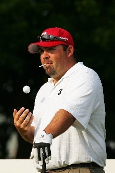 SHANGHAI, CHINA - NOVEMBER 08:  Kevin Stadler of USA in action during Day 1 of the HSBC Champions at the Sheshan Golf Club on November 8, 2007 in Shanghai, China.  (Photo by Andrew Wong/Getty Images)