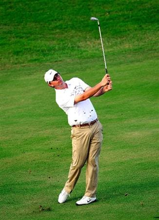 KAPALUA, HI - JANUARY 08:  Lucas Glover plays a shot on the 13th hole during the second round of the SBS Championship at the Plantation course on January 8, 2010 in Kapalua, Maui, Hawaii.  (Photo by Sam Greenwood/Getty Images)
