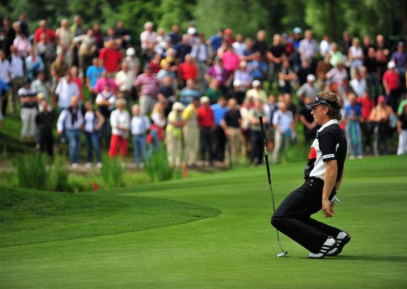 MUNICH, GERMANY - JUNE 26:  Bernhard Langer of Germany reacts to his putt on the 18th hole during the second round of The BMW International Open Golf at The Munich North Eichenried Golf Club on June 26, 2009, in Munich, Germany.  (Photo by Stuart Franklin/Getty Images)