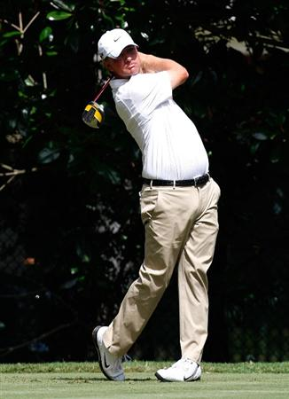 ATLANTA, GEORGIA - SEPTEMBER 24:  Lucas Glover tees off the fourth hole during the first round of THE TOUR Championship presented by Coca-Cola, the final event of the PGA TOUR Playoffs for the FedExCup, at East Lake Golf Club on September 24, 2009 in Atlanta, Georgia.  (Photo by Kevin C. Cox/Getty Images)