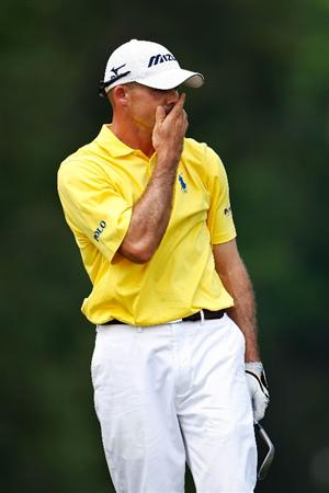 PONTE VEDRA BEACH, FL - MAY 10:  Jonathan Byrd reacts to his third shot on the second hole during the final round of THE PLAYERS Championship on THE PLAYERS Stadium Course at TPC Sawgrass on May 10, 2009 in Ponte Vedra Beach, Florida.  (Photo by Jamie Squire/Getty Images)
