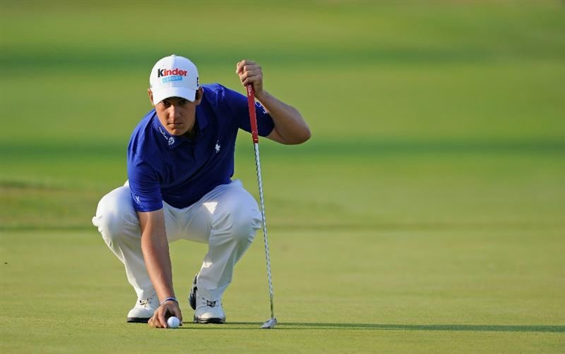 CASTELLON DE LA PLANA, SPAIN - OCTOBER 22:  Matteo Manassero of Italy lines up his putt on the 17th hole during the second round of the Castello Masters Costa Azahar at the Club de Campo del Mediterraneo on October 22, 2010 in Castellon de la Plana, Spain.  (Photo by Stuart Franklin/Getty Images)