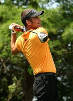 IRVING, TX - APRIL 25:  Jesper Parnevik of Sweden hits his tee shot on the fourth hole during the second round of the EDS Byron Nelson Championship at TPC Four Seasons Resort Las Colinas on April 25, 2008 in Irving, Texas.  (Photo by Stephen Dunn/Getty Images)