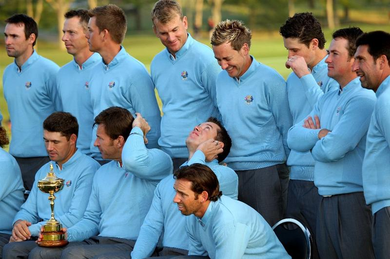 LOUISVILLE, KY - SEPTEMBER 16:  (L-R front row) Padraig Harrington, Nick Faldo (captain), Lee Westwood, Sergio Garcia (L-R back row) Oliver Wilson, Soren Hansen, Henrick Stenson, Robert Karlsson, Ian Poulter, Justin Rose, Graeme McDowell and Jose Maria Olazabal (assistant captian) of the European team pose for the official team photograph prior to the 2008 Ryder Cup at Valhalla Golf Club of September 16, 2008 in Louisville, Kentucky.  (Photo by Andrew Redington/Getty Images)