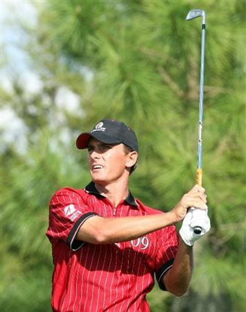 ORLANDO, FL - MARCH 16:  Charles Howell III of the USA and the Isleworth Team at the 17th hole during the first day of the 2009 Tavistock Cup at the Lake Nona Golf and Country Club, on March 16, 2009 in Orlando, Florida  (Photo by David Cannon/Getty Images)
