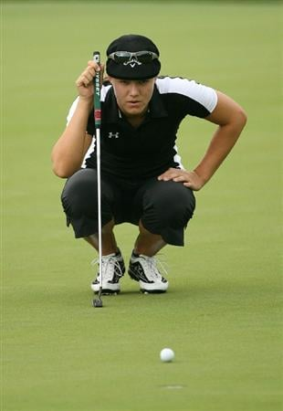 WILLIAMSBURG, VA : Vicky Hurst lines up a birdie putt on the 18th hole during the first round of the Michelob Ultra Open at Kingsmill Resort on May 7, 2009 in Williamsburg, Va. (Photo by Hunter Martin/Getty Images)