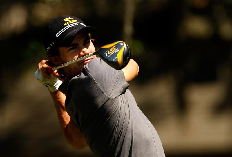 HILTON HEAD ISLAND, SC - APRIL 16:  Camilo Villegas of Colombia watches his tee shot on the 2nd hole during the first round of the Verizon Heritage at Harbour Town Golf Links on April 16, 2009 in Hilton Head Island, South Carolina.  (Photo by Streeter Lecka/Getty Images)