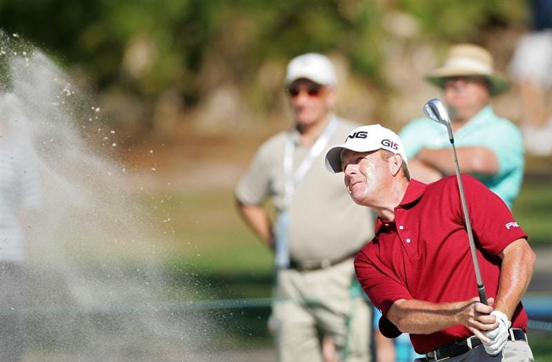 PALM HARBOR, FL - MARCH 19:  Jeff Maggert makes a shot from a bunker during the second round of the Transitions Championship at the Innisbrook Resort and Golf Club held on March 19, 2010 in Palm Harbor, Florida.  (Photo by Michael Cohen/Getty Images)