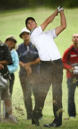 SYDNEY, AUSTRALIA - DECEMBER 11:  Stephen Dartnall of Australia plays an approach shot on the ninth hole during the first round of the 2008 Australian Open at The Royal Sydney Golf Club on December 11, 2008 in Sydney, Australia.  (Photo by Mark Nolan/Getty Images)