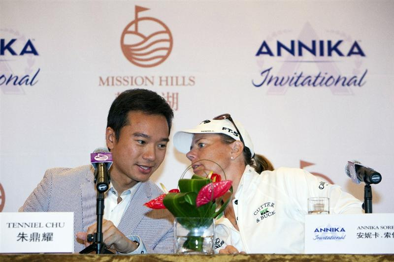 HAIKOU, CHINA - OCTOBER 29:  (L-R) Executive Director Mission Hills Tenniel Chu and Golfer Annika Sorenstam of Sweden talk during a press conference as part of the Mission Hills Star Trophy tournament at Mission Hills Resort on October 29, 2010 in Haikou, China. The Mission Hills Star Trophy is Asia's leading leisure liflestyle event and features Hollywood celebrities and international golf stars.  (Photo by Athit Perawongmetha/Getty Images for Mission Hills)