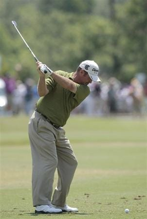 AVONDALE, LA - APRIL 25: Jerry Kelly hits his tee shot on the 3rd hole during the third round of the Zurich Classic at TPC Louisiana on April 25, 2009  in Avondale, Louisiana. (Photo by Dave Martin/Getty Images)