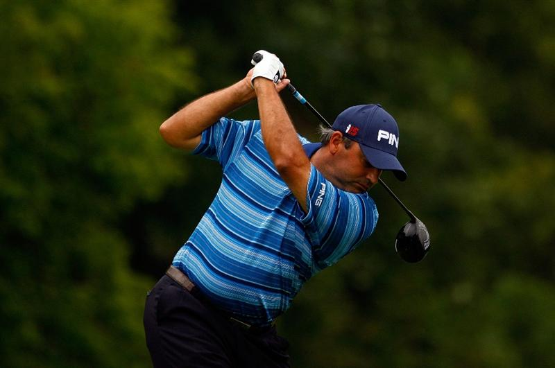 LEMONT, IL - SEPTEMBER 09:  Angel Cabrera of Argentina hits a shot during the pro-am prior to the start of BMW Championship at Cog Hill Golf & CC on September, 2009 in Lemont, Illinois.  (Photo by Scott Halleran/Getty Images)