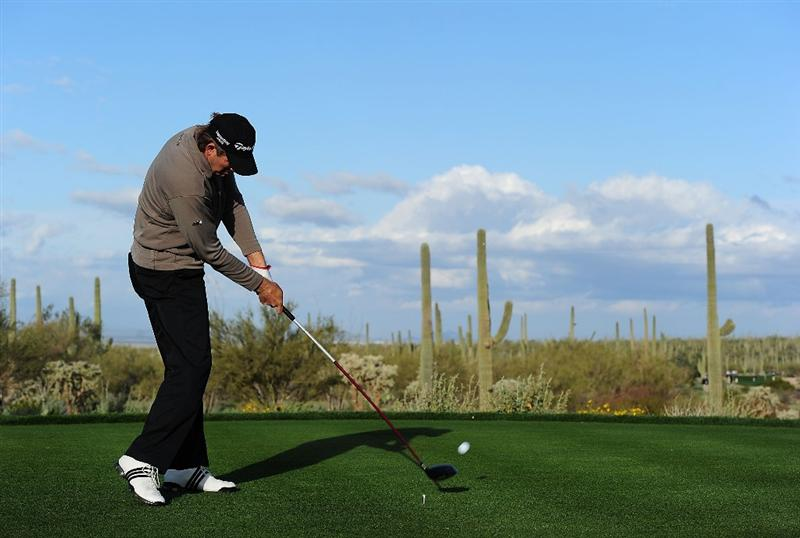 MARANA, AZ - FEBRUARY 20:  Retief Goosen of South Africa tees off on the fifth tee box during round four of the Accenture Match Play Championship at the Ritz-Carlton Golf Club on February 20, 2010 in Marana, Arizona.  (Photo by Stuart Franklin/Getty Images)