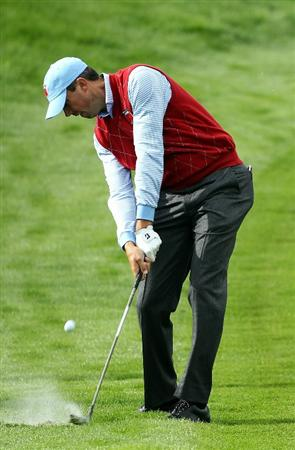 NEWPORT, WALES - SEPTEMBER 28:  Matt Kuchar of the USA hits an approach shot during a practice round prior to the 2010 Ryder Cup at the Celtic Manor Resort on September 28, 2010 in Newport, Wales.  (Photo by Andy Lyons/Getty Images)
