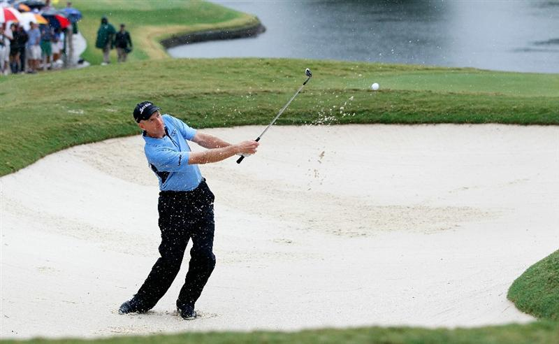 ATLANTA - SEPTEMBER 26:  Jim Furyk plays from a bunker on the 18th hole during the final round of THE TOUR Championship presented by Coca-Cola at East Lake Golf Club on September 26, 2010 in Atlanta, Georgia.  (Photo by Kevin C. Cox/Getty Images)