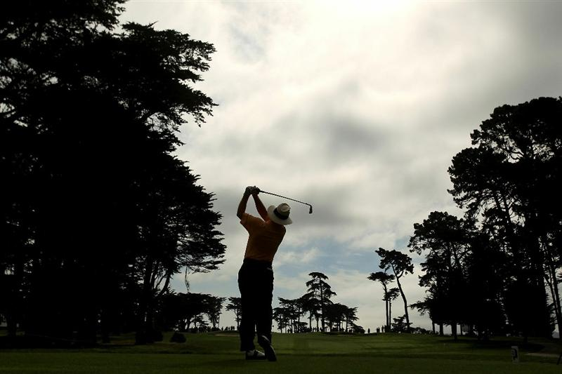 SAN FRANCISCO - NOVEMBER 05:  Tom Kite tees off on the 3rd hold during round 2 of the Charles Schwab Cup Championship at Harding Park Golf Course on November 5, 2010 in San Francisco, California.  (Photo by Ezra Shaw/Getty Images)