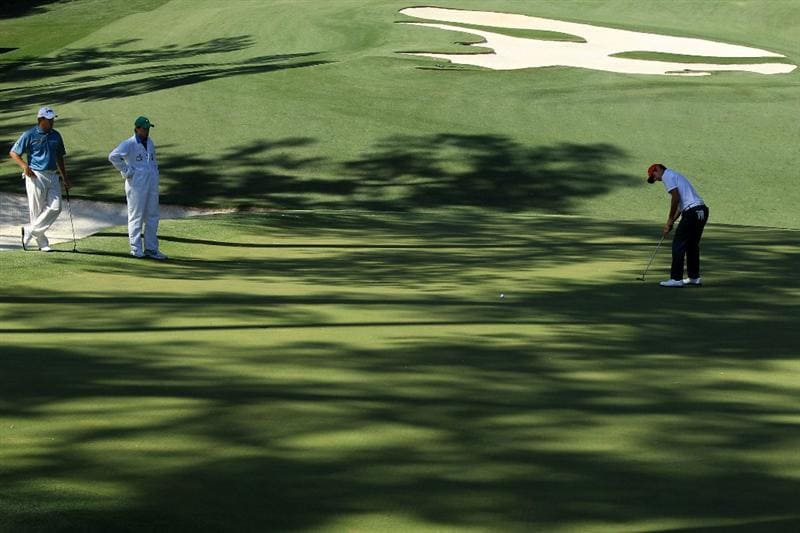 AUGUSTA, GA - APRIL 09:  Amateur Matteo Manassero of Italy hits a putt on the tenth green during the second round of the 2010 Masters Tournament at Augusta National Golf Club on April 9, 2010 in Augusta, Georgia.  (Photo by David Cannon/Getty Images)