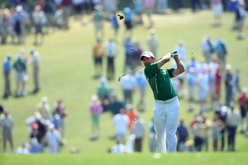 AUGUSTA, GA - APRIL 11:  Trevor Immelman of South Africa hits his approach shot on the first hole during the third round of the 2009 Masters Tournament at Augusta National Golf Club on April 11, 2009 in Augusta, Georgia.  (Photo by Andrew Redington/Getty Images)