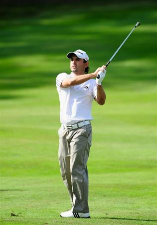 HILVERSUM, NETHERLANDS - SEPTEMBER 11:  Fabrizio Zanotti of Paraguy plays his approach shot on the 17th hole during the third round of  The KLM Open Golf at The Hillversumsche Golf Club on September 11, 2010 in Hilversum, Netherlands.  (Photo by Stuart Franklin/Getty Images)