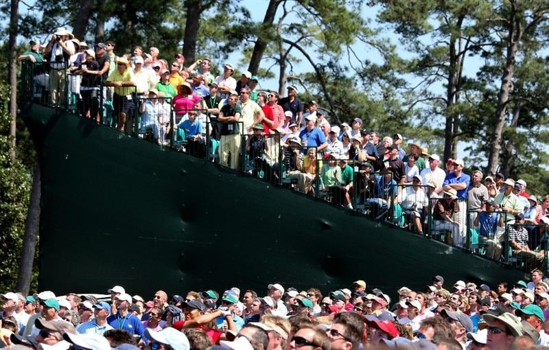 AUGUSTA, GA - APRIL 12:  Tiger Woods hits his tee shot on the eighth hole during the final round of the 2009 Masters Tournament at Augusta National Golf Club on April 12, 2009 in Augusta, Georgia.  (Photo by David Cannon/Getty Images)